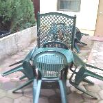  seats outside