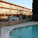 Bilde fra Bay Inn and Suites