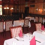 Snooty Fox restaurant & dining room