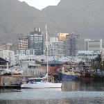 V&A waterfront 10 mins walk from Port View