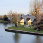 Boathouse & Bridge Hotel Chertsey