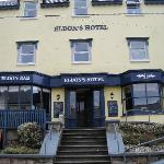 Welcome to Eldons Hotel- it's elevation gives visitors a grand view of the Twelve Bens