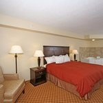 Country Inn &amp; Suites Chester