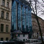 Exterior doesn't fit in with Austro-Habsburg  Street profile