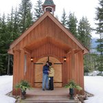 صورة فوتوغرافية لـ ‪Mulvehill Creek Wilderness Inn and Wedding Chapel‬