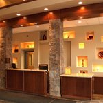 Pomeroy Inn & Suites Valleyview