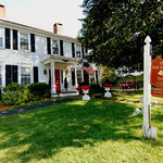 ‪The Red Maple Inn‬
