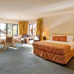 Royal Park Lodge resmi