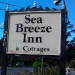  Inn&#39;s Signage