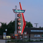 Skyliner Motel