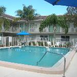  Venice Motel 6 pool