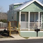 ‪Hill Country RV Resort & Cottage Rentals‬