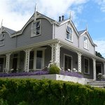 Akaroa House