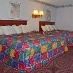 Econo Lodge Near Home Depot Center resmi