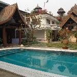 ‪Emerald Land Inn Mandalay‬