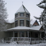 The Berthoud Inn on the one and only snowy day this particular week in April 2010!