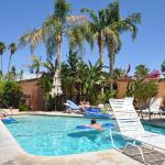 Triangle Inn Palm Springs resmi