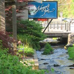 Photo of Johnson&#39;s Inn Gatlinburg