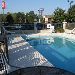 Φωτογραφία: Red Roof Inn & Suites Savannah