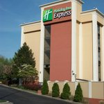 Holiday Inn Express Camp Springs / Andrews AFB