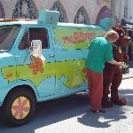 Meeting Shaggy and Scooby Doo at Universal Studios