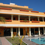 Playa Linda Hotel