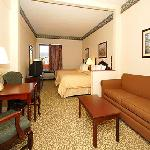 Two Double Bed Mini-Suite