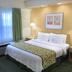 Fairfield Inn and Suites Clearwater Bayside
