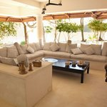 Gorgeous lounge area to enjoy the sounds of the sea with the smells of the kitchen