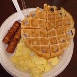 Country Inn Bradenton - Hot Breakfast