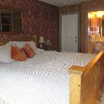 Oatmeal & Chaff Bedroom