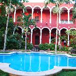 Photo de The Villa Merida Hotel