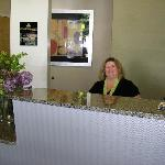 Front Desk - This is Dawn who helped us through our difficulties