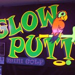Glow Putt Mini-Golf