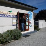 Mountain View Backpackers