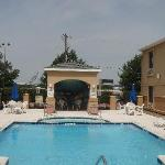 Φωτογραφία: Comfort Inn & Suites DFW Airport South