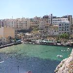 you can see the splendid tall hotel Xlendi