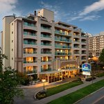 Best Western Plus Inner Harbour Hotel Exterior Photo