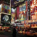 Times Square (25894951)