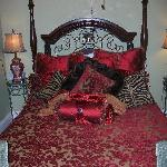  the gorgeous bed!!!