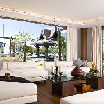 Waterfront Royal Villa - living room view