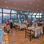 Restaurant con Vista al Lago Grey