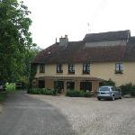 Front of Le Moulin de la Ferte
