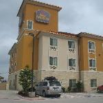 BEST WESTERN PLUS San Antonio East Inn & Suites resmi