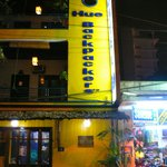  Hue backpackers front view