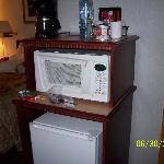 Microwave,and fridge