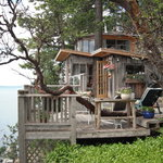 Treehouse Bed & Breakfast