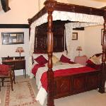 Tudor room with en-suite