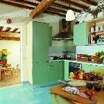 The Kitchen and Tuscan Food - La Cucina con Specialità Toscane