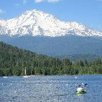Foto de Lake Siskiyou Camp - Resort